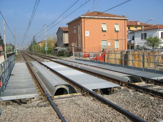 Ponti ferroviari di rapido montaggio e smontaggio per la for Piani di idee per la costruzione di ponti