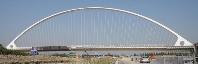 Descrizione tecnica delle strutture del ponte centrale del for Bagnoli s r l reggio emilia re